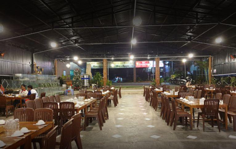 Nhà hàng hải sản Oanh